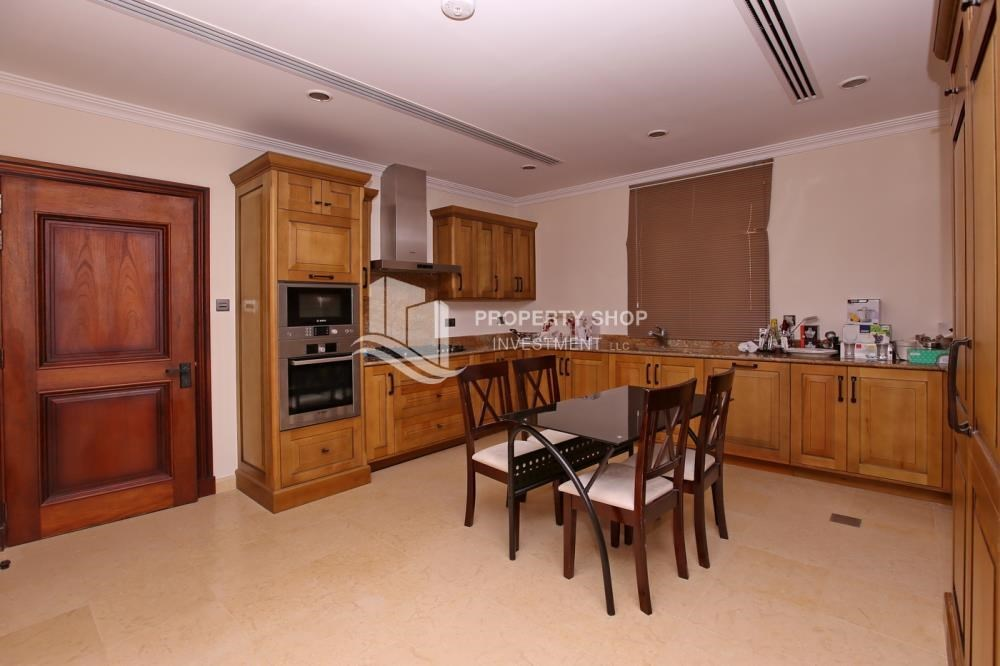 Kitchen - 5Br Villa With Attractive Space, Maid Room & Multiple Terraces .